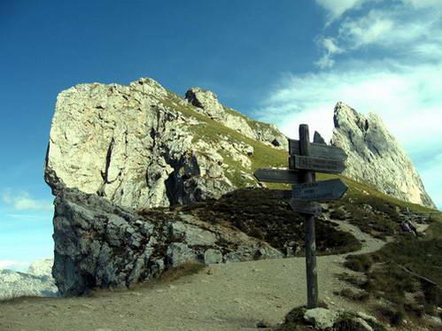 מסלולים על רכס סשדה, איטליה