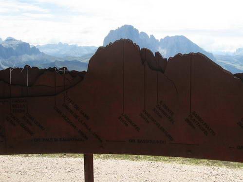 תצפית מפסגת סשדה לעבר רכס ססולונגו וסלה