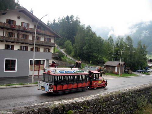 רכבת הקרוניות לעמק סן ניקולו, ואל די פאסה