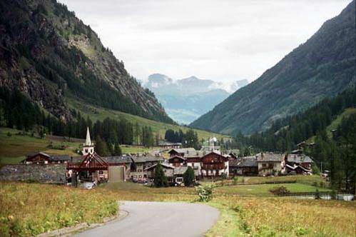 כפר בעמק ואל די רמס, צפון איטליה