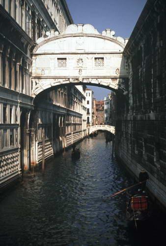 גשר האנחות, ונציה GOTRAVEL