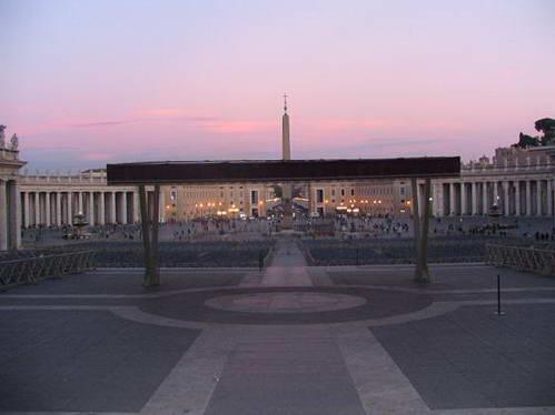 כיכר סן פייטרו בוותיקן, רומא