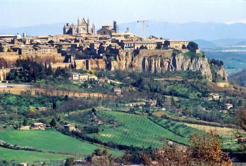 העיירה אורביאטו, טוסקנה, איטליה