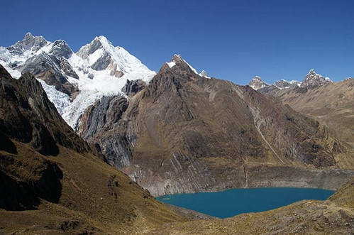 הווארז, הר שירישנקה וקרחון ירופחה, אגם סולטרקוצ'ה, סמבויה פונטה, פרו