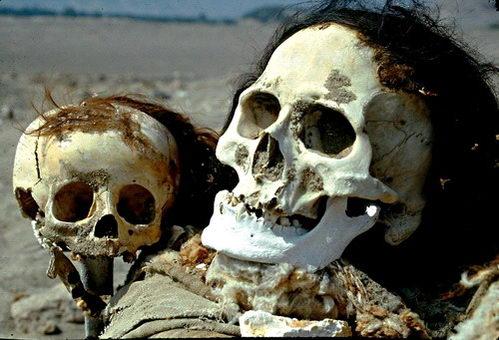 בית הקברות בצ'אוצ'ילה, אנשי נאסקה, פרו