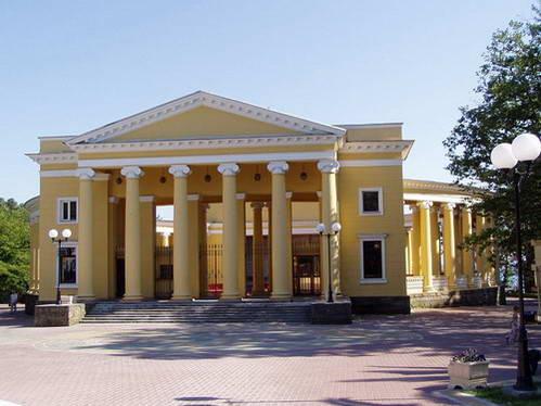 תיאטרון הקיץ ברובע חוסטינסקי, סוצ'י