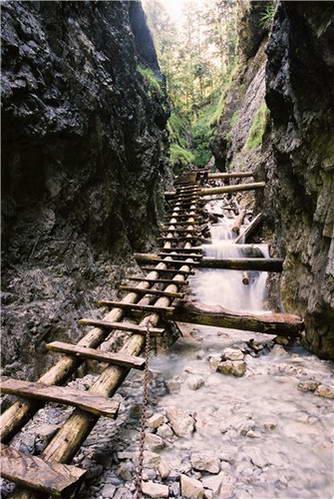 מסלול בפארק הלאומי גן העדן הסלובקי