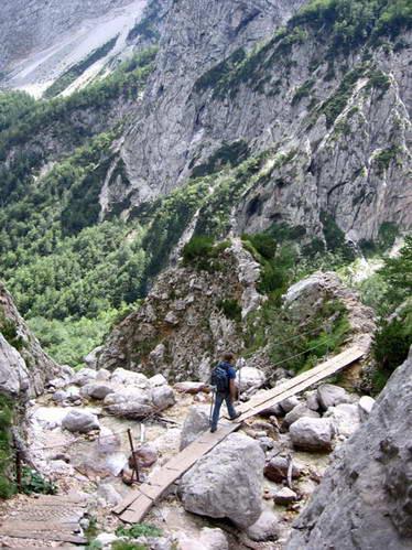 מפל רינקה, לוגרסקה דולינה, סלובניה