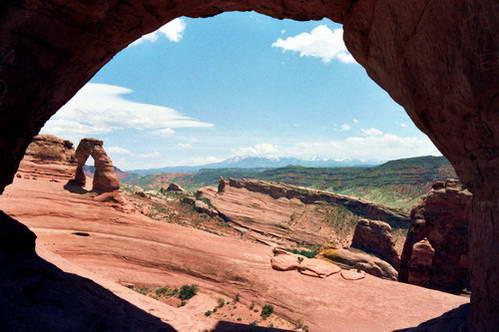 קשת Delicate arch בפארק הלאומי ארצ'ס