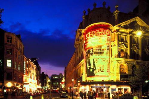 רחוב סטרנד, לונדון, בריטניה
