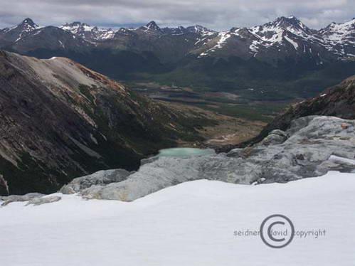 תצפית על מסלול הטרק Albino Glacier, אושואיה, ארגנטינה