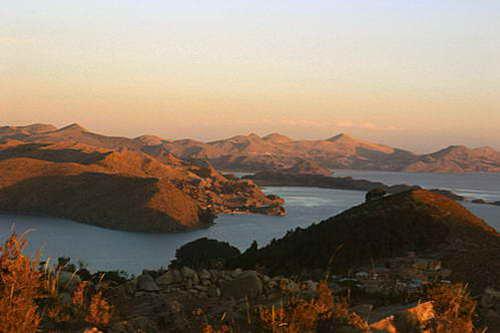אי השמש באגם טיטיקקה בבוליביה