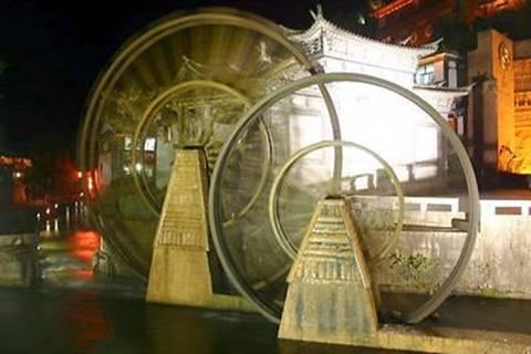 גלגלי העץ בכיכר השוק יוהא-ג'יה, מסמלי העיר העתיקה של ליג'יאנג