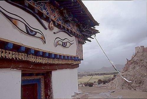 עיני הבודהה בסוטפת