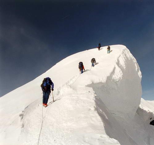 טיפוס לפסגת צ'ו-אויו בהרי ההימלאיה