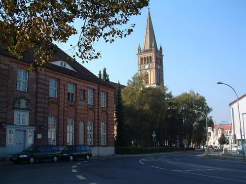 בית היתומים וכנסיית סנט ניקולאי באורניינבורג, גרמניה