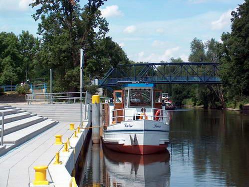 סירות שטות בין נהר האבל ואגם לניץ, גרמניה