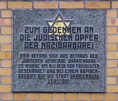 שלט זכרון לבית הכנסת באורניינבורג, גרמניה