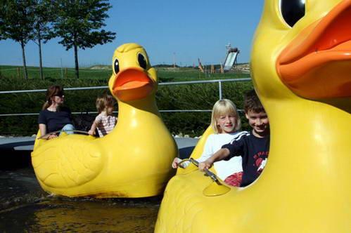 פארק רוונסבורגר שְפיל-לנד, עם ילדים בגרמניה