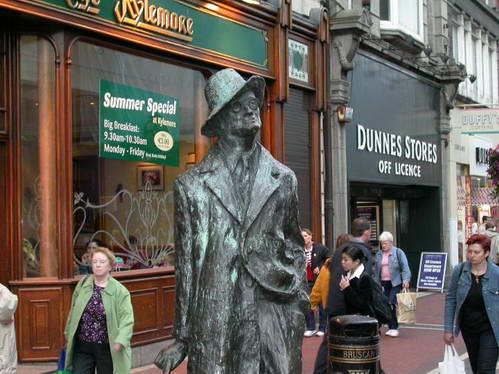 פיסלו של ג'יימס ג'ויס בדבלין, אירלנד