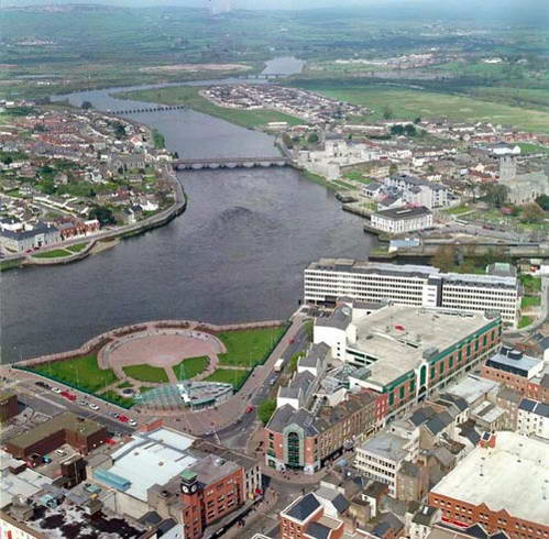 העיר לימריק ונהר שאנון, אירלנד