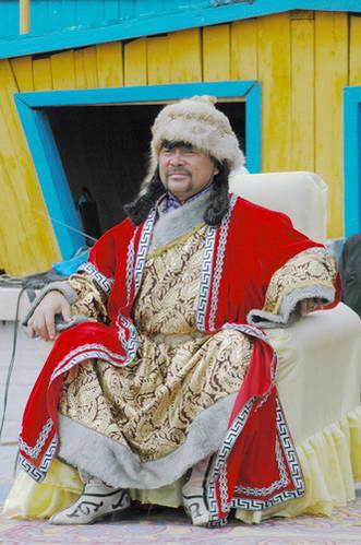 תלבושות מסורתיות מונגוליות