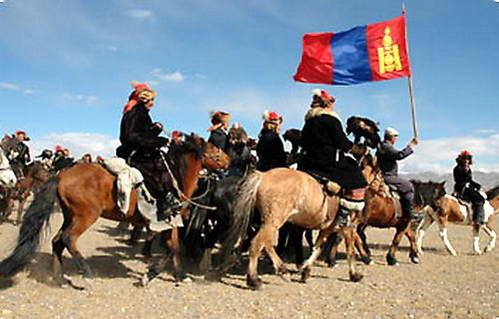 המיעוט הקזחי הנושא בגאון את דגל מונגוליה