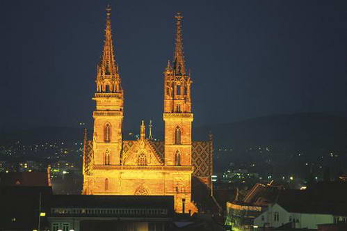 הקתדרלה של באזל לעת ערב