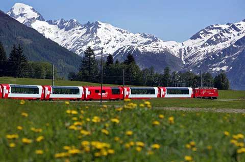 גליישר אקספרס, אחד ממסלולי הרכבת המרהיבים של שוויץ