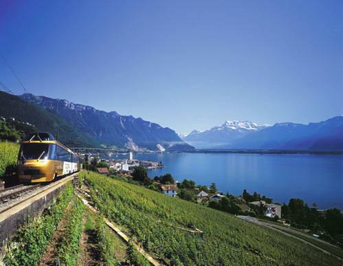 רכבות בשוויץ - רכבת הגולדן פאס לצדי אגם ז'נבה