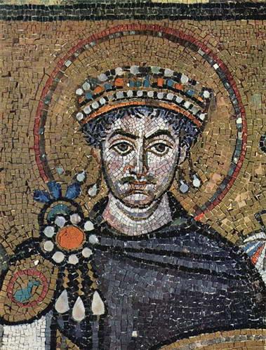 יוסטיניאנוס הראשון בבזיליקת סן ויטאלה ברוונה, טורקיה