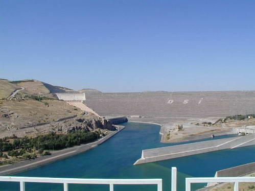 סכר אטאטורק, טורקיה