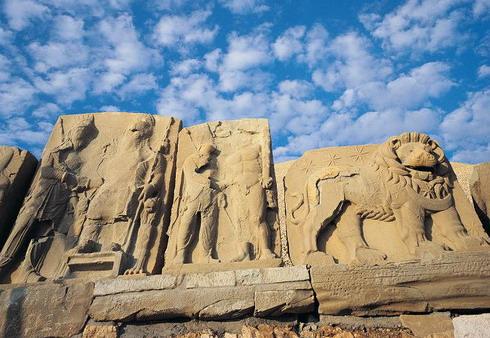 מקדש קבורה בהר נמרוד, טורקיה