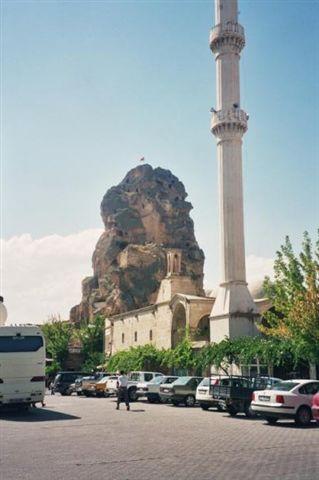 טורקיה, קפדוקיה, מערות ומסגדים חצובים בסלע