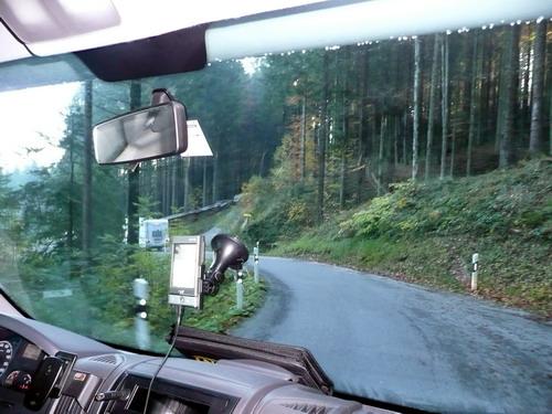 מכשיר ה- GPS בפוזה המתאימה