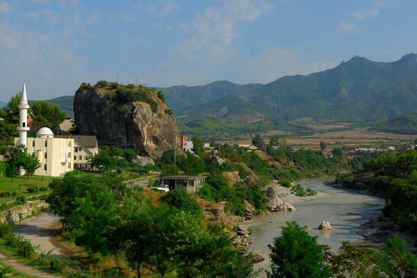 פרמט, אלבניה