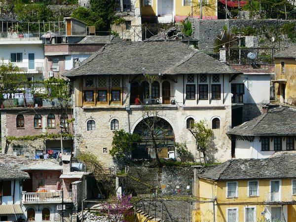 גירוקסטרה, דרום אלבניה