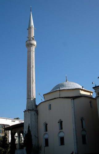 מסגד אטהם ביי, אלבניה