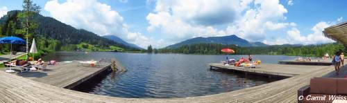 אגם שווארצזה, ליד העיירה קיצביל, טירול, אוסטריה