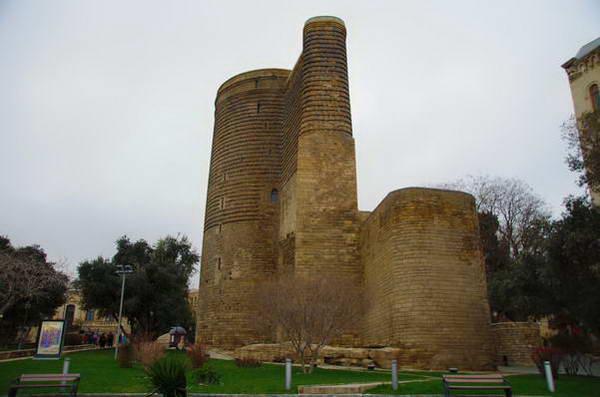 מגדלי הבתולה באקו, אזרבייג'ן