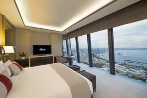 המלון במגדלי הלהבה של באקו