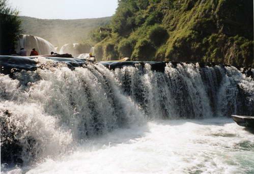 רפטינג על נהר אונה, בוסניה והרצגובינה