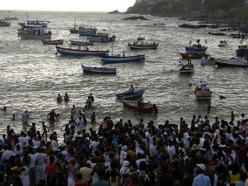 משט מנחות הזרים, טקס לאלת הים יאמנז'ה, סלבדור דה באהיה, ברזיל