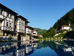 מלון מומלץ בעיירה דווין בהרי רודופי