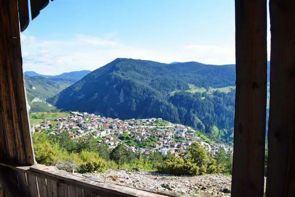 הכפר טריגרד בהרי רודופי, בולגריה