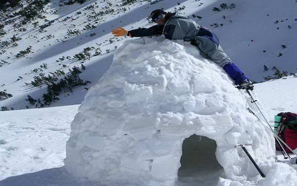 חופשת שלג בבולגריה, איגלו