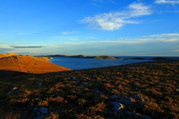 האיים הקורנטיים
