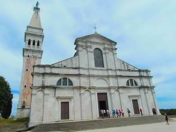 בזיליקת אופמיה הקדושה, רוביני, קרואטיה