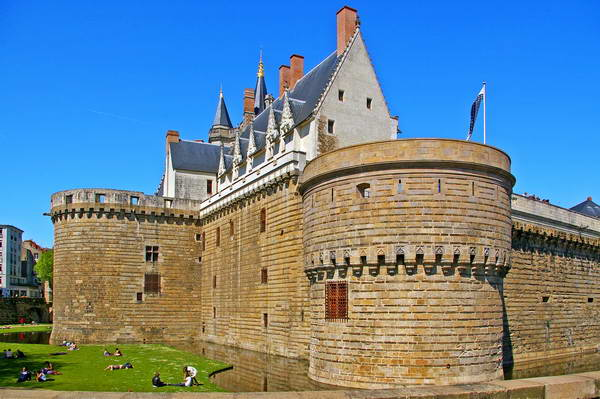 הטירה בנאנט