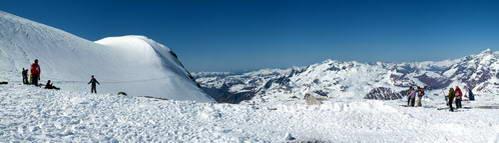 תצפית פאנורמית מקרחון גראנד מוט בגובה 3,456 מ'